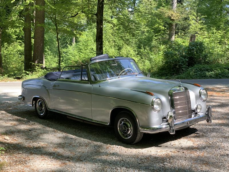 Mercedes 220S Cabriolet